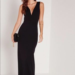 Black Missguided V Plunge Maxi Dress